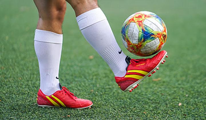 Giày đá bóng sân cỏ tự nhiên Pan Thái Lan