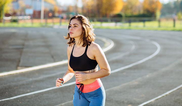 Cách thở khi chạy bộ đường dài