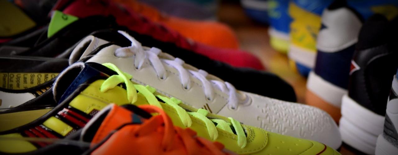 Chọn Đo Size Giày Bóng Đá