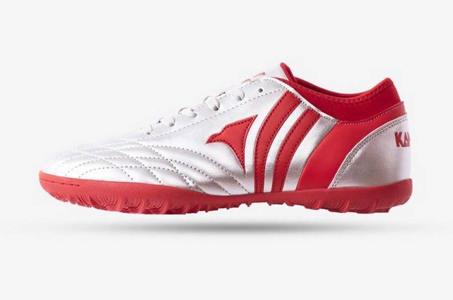 Giày đá bóng Kamito