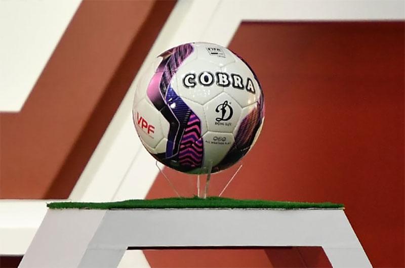 Quả bóng đá Cobra được sử dụng chính thức tại V-League 2021