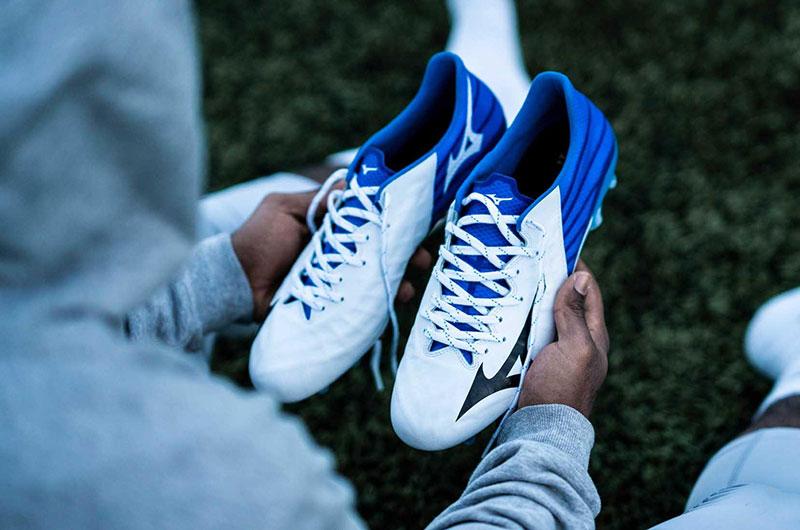 Giày đá bóng Mizuno Rebula 3 Select AS