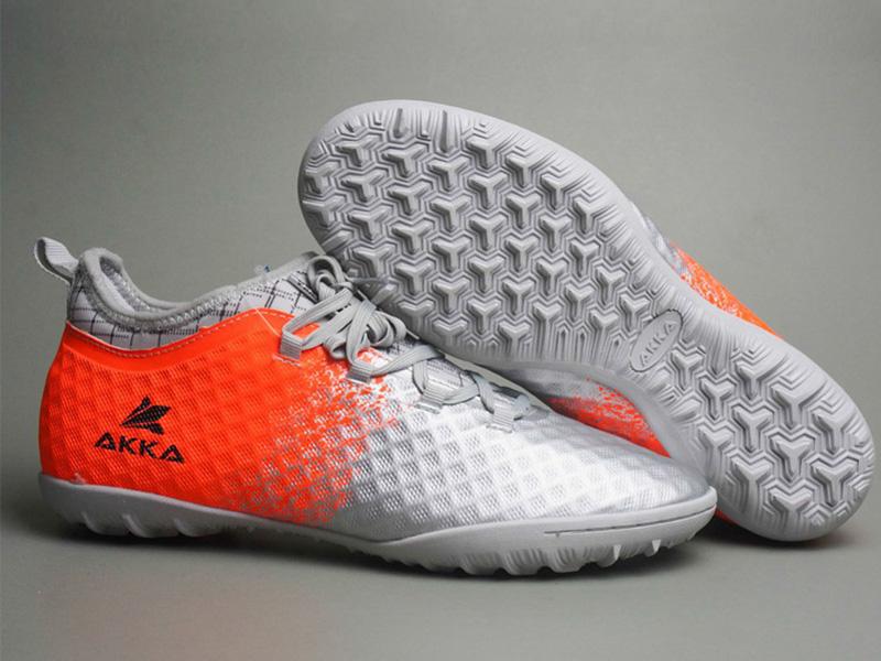 Đo size giày bóng đá sân cỏ AG
