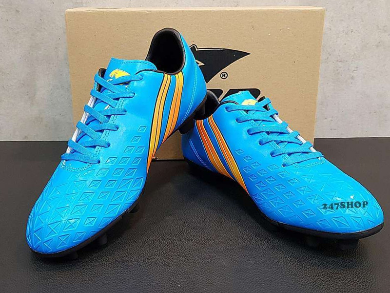 Đo size giày bóng đá sân cỏ SG